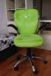 кресло для работы за столом